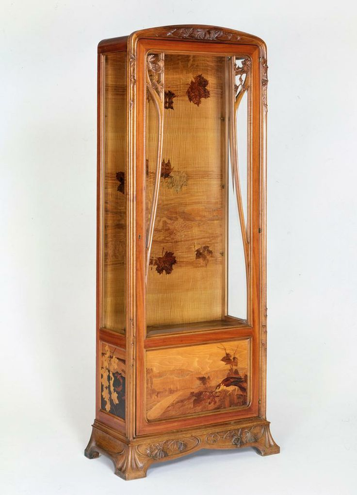** Louis Majorelle (France 1859–1926), Nancy, Cabinet, Mahogany with Fruit Wood Inlays.