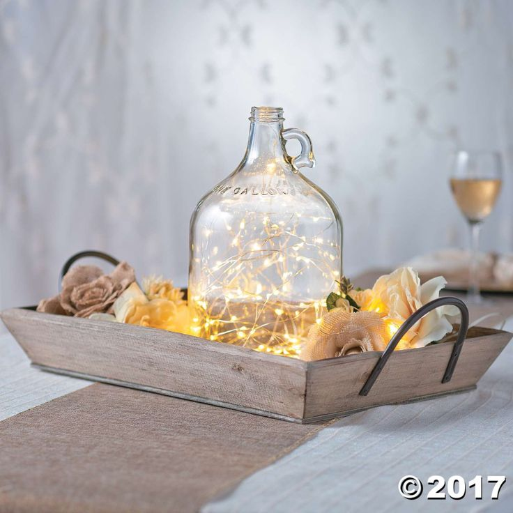 You'll have a gallon of gorgeous style when you add this glass jug to your wedding supplies. It's perfect for drinks! Add it to a rustic wedding ...
