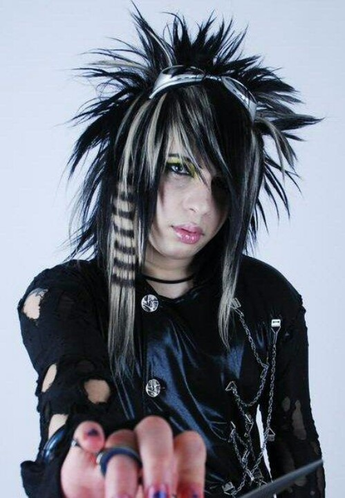 BOTDF dahvie vanity.....hes got such awesome hair!