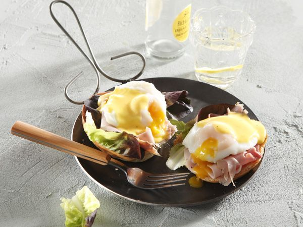 From the YOU test kitchen: The perfect eggs benedict