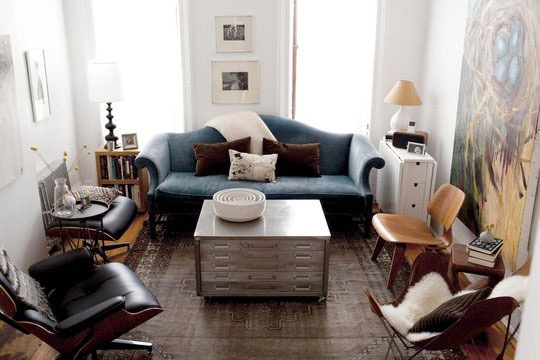 ///: Side Tables, Living Rooms, Idea, Small Apartment, Apartment Therapy, Memorial Tables, Small Spaces, Smallspac, Cool Rooms