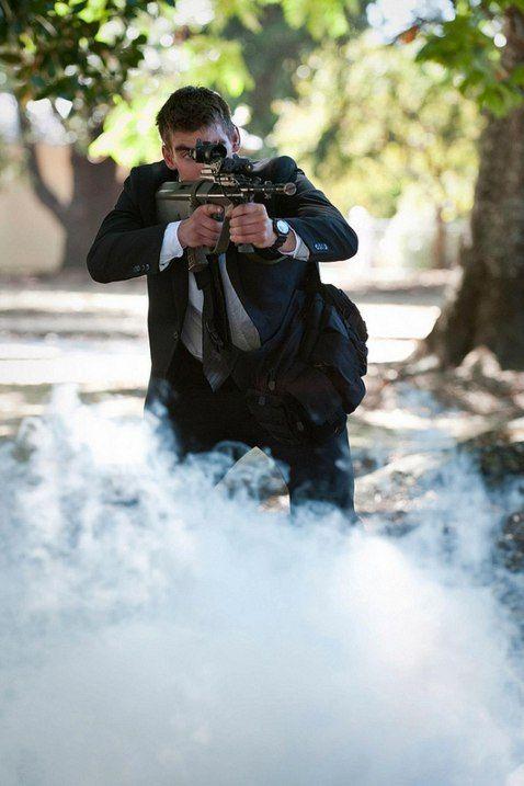 Королевская военная полиция Новой Зеландии на тренировке по обеспечению охраны VIP-персон. Мастертон, Новая Зеландия.
