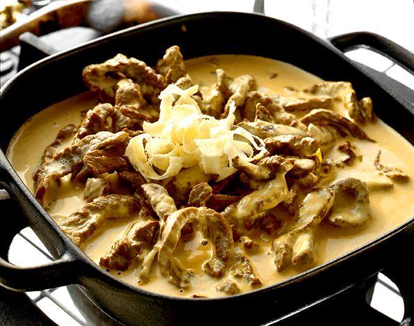 Strimlad l�vbiff i senapss�s med parmesan | Recept fr�n K�ket.se