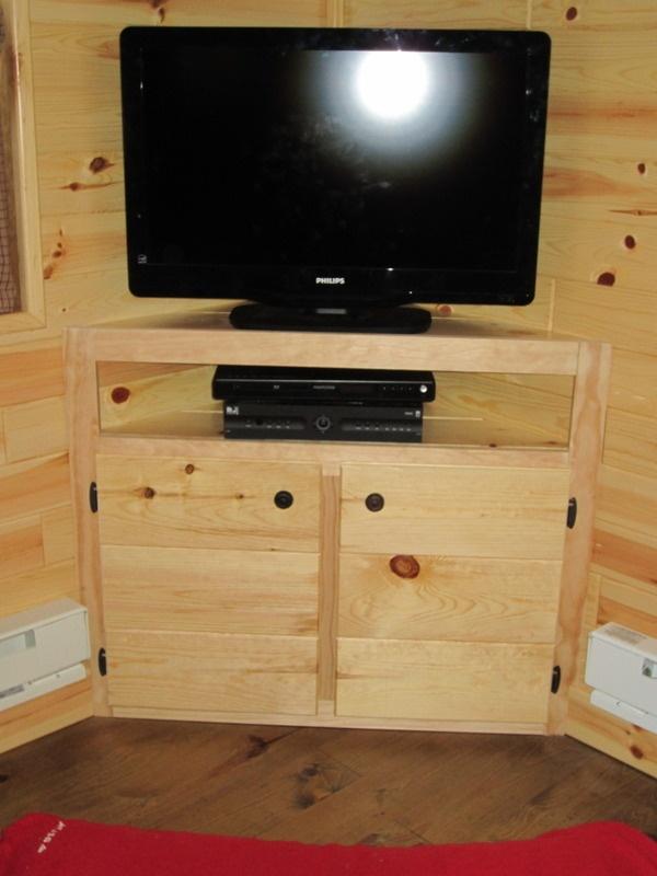 Corner Tv Cabinet Built In Lee Could Build That Corner Tv