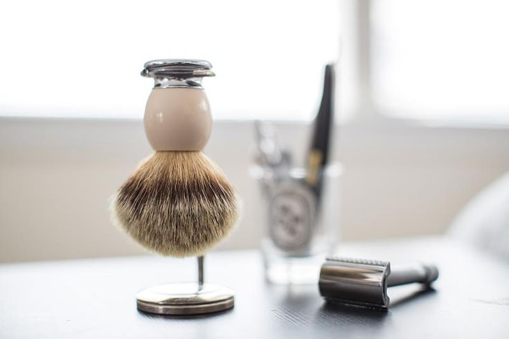 What should you look for when choosing a shaving brush? What are the best shaving brushes out there? Here's what to know about choosing a shaving brush.