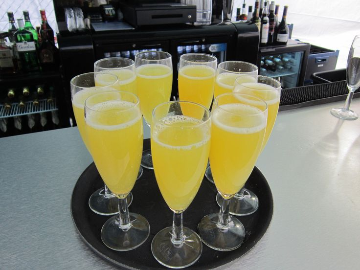 Bucks Fizz wedding toast drinks