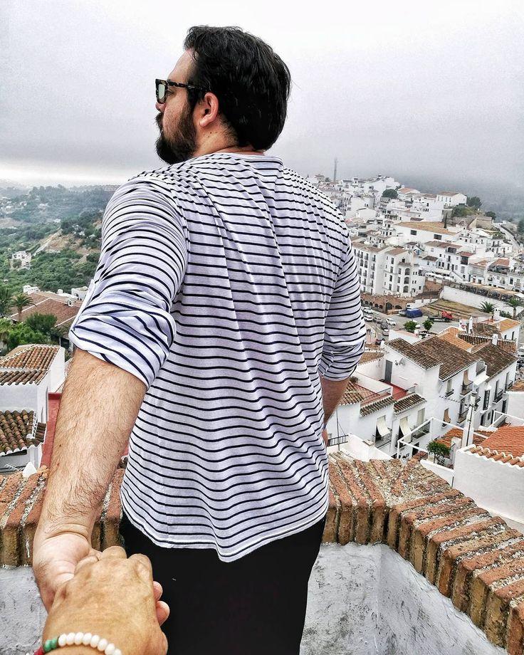 Resistiré erguido frente a todo!  Y aunque los vientos de la vida soplen fuerte. Soy como el junco que se doblapero siempre sigue en pie!  #travel #explorer #adventure #travelphotography #travels #travelblogger