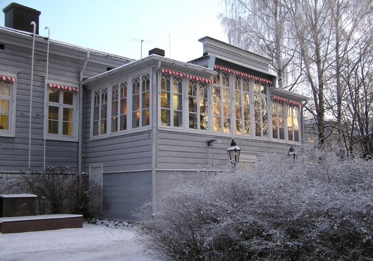 Talvitunnelmaa Heinolan kaupunginmuseossa. / Winter atmosphere of Heinola Town Museum, Finland.