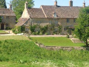 Secret Cottage provides a unique North Cotswold Tour in Gloucestershire. With…