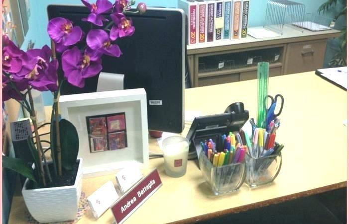 Ideas For Office Decoration Work Desk Decor Cool Office Desk Office Desk Decor