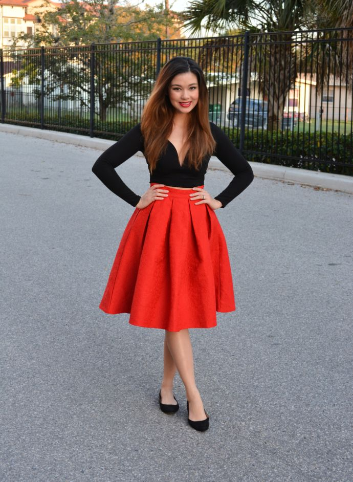 stunning red long skirt outfit ideas