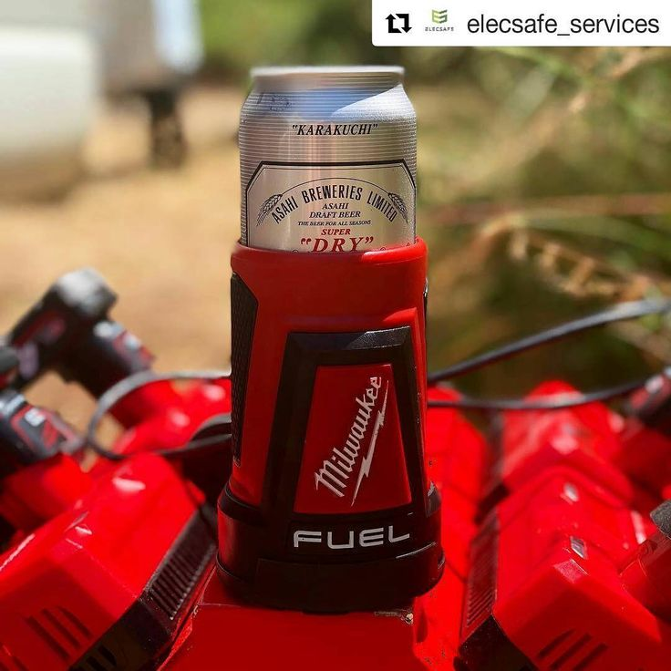 coptoolIs this the next Red Lithium USB item?  #Repost @elecsafe_services (@get_repost) There's only one way to cool your brews this summer!!! With a fuel powered stubbie holder! @milwaukeetoolsaus @totaltoolssouthmelbourne #milwaukee #milwaukeetools #milwaukeetool #milwaukeefuel #milwaukeem18 #milwaukeem12 #milwaukeepackout #stubbie #cooler #esky #beer #cold #stubbieholder #tools #tool #work #worker #tradie #tradesman #contractor #sparky #plumber #chippy #hvac