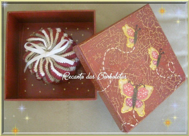 Caixa com Decoupage e Sachê de Crochê