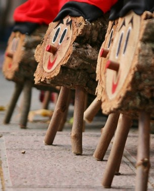 Caga Tió, would you believe a popping log brings presents to the Catalan kids instead of Santa?