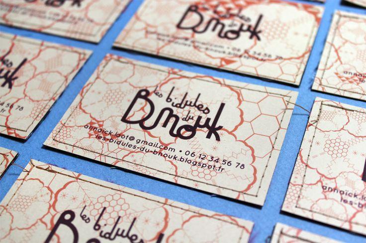 """Création de l'identité visuelle et déclinaison sur carte de visite pour une couturière """" Les bidules du Bnouk """" - Les Fasces Nébulées"""