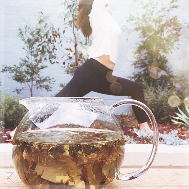 Weekend is the best time to reconnect mind-body-spirit; to recover and fortify. #bodyandsoul 🌿🌿👌💪👊 Drinking green tea has been linked to increase immunity, rejuvenation and increase mental alertness. It's a tasty way to start your week! #healthyliving - - - #greentea #organicliving #tastekaleidoscope #tastek #tasteK #weekendmood