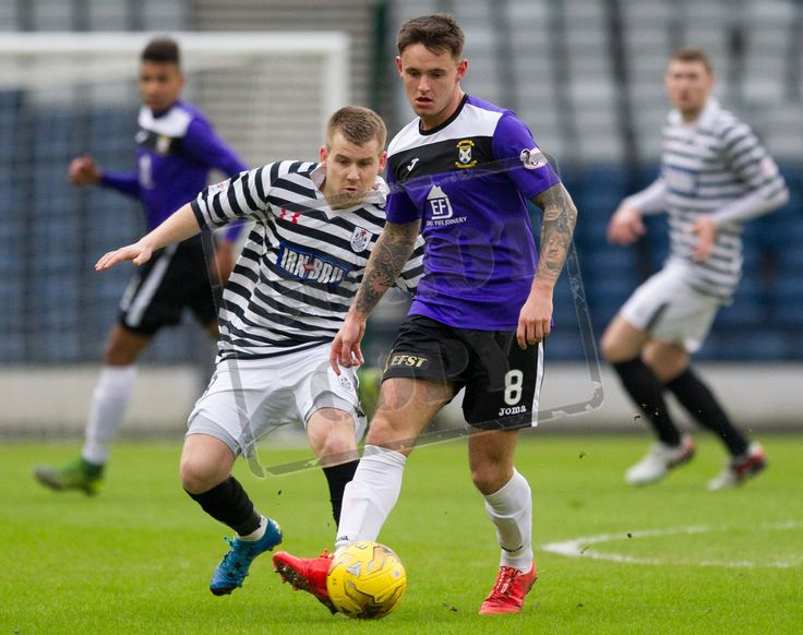East Fife's Ross Brown on the ball during the SPFL League Two game between Queen's Park and East Fife.