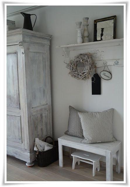Möbel und Dekoration                                                                                                                                                      Mehr – Natalya Windischmann
