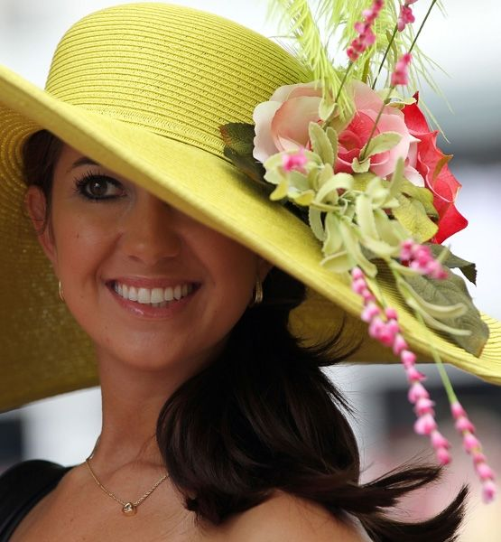 Kentucky Derby Hats HIT: Neon Lights    Stand out in the crowd by turning up the color volume on an already bright hat.