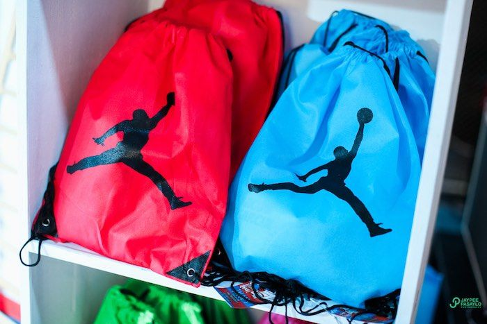 Drawstring basketball favor bags from an All Star Basketball Birthday Party on Kara's Party Ideas | KarasPartyIdeas.com (29)