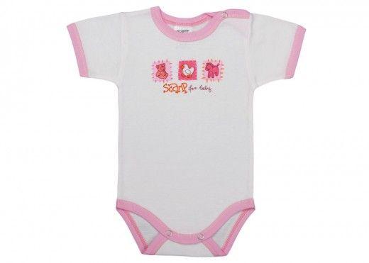 Body-urile bebe si tricourile din categoria de produse Scamp Basic ajung pe rafturile magazinului nostru la un pret foarte redus. Preturi incepand de la numai 15.95 Lei. Livrare rapida.