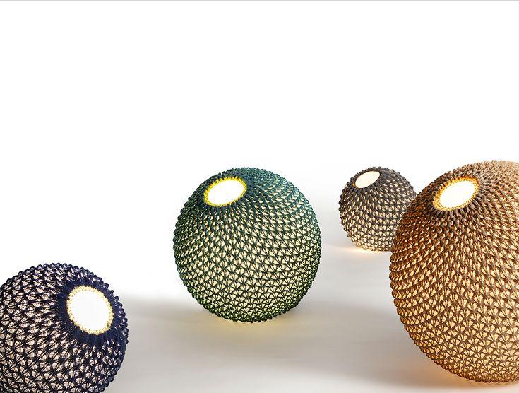 lampa robiona na drutach, dziergana lampa, knitting lamps, ariel-design.com