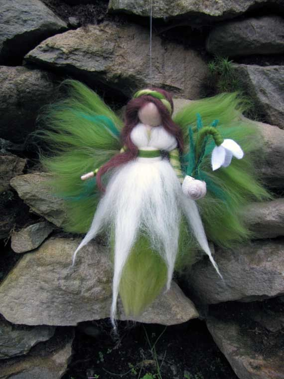 Snowdrop,  Needle Felted Wool fairy, Nature fairy, Waldorf inspired fairy doll