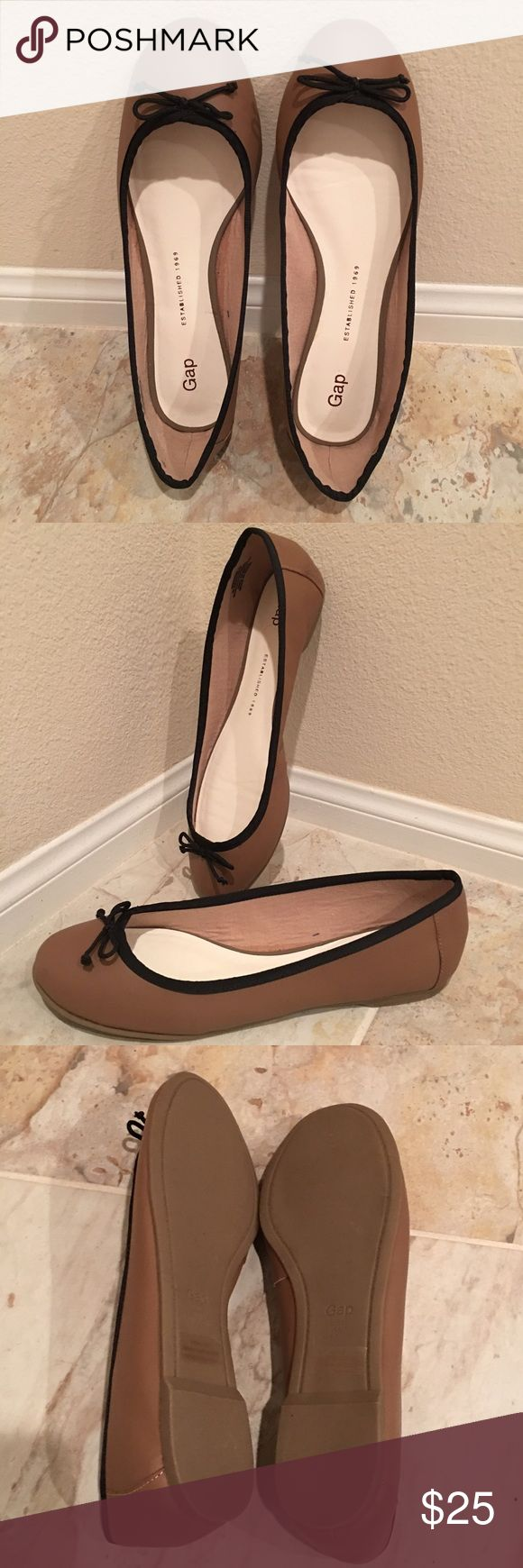 Gap Leather Ballet Shoe Mushroom color with black bow. New. No box. GAP Shoes