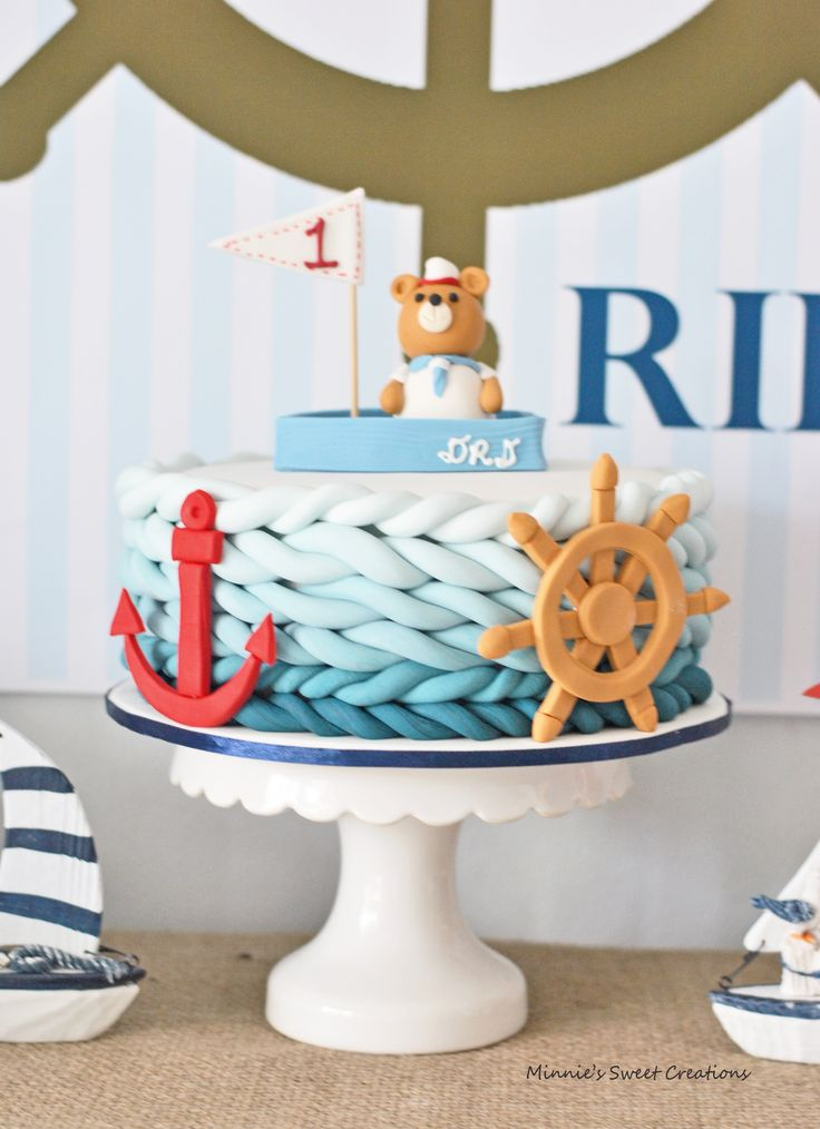 Nautical Cake - love that rope detail! <3