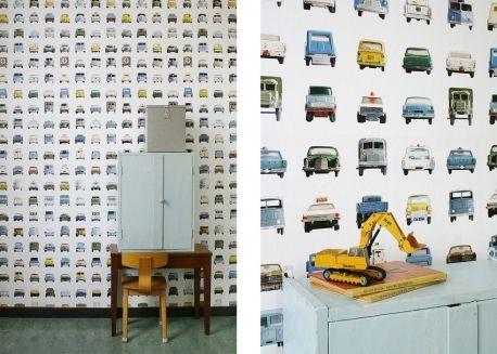 Papier peint enfant motifs voitures anciennes vintage par studio ditte