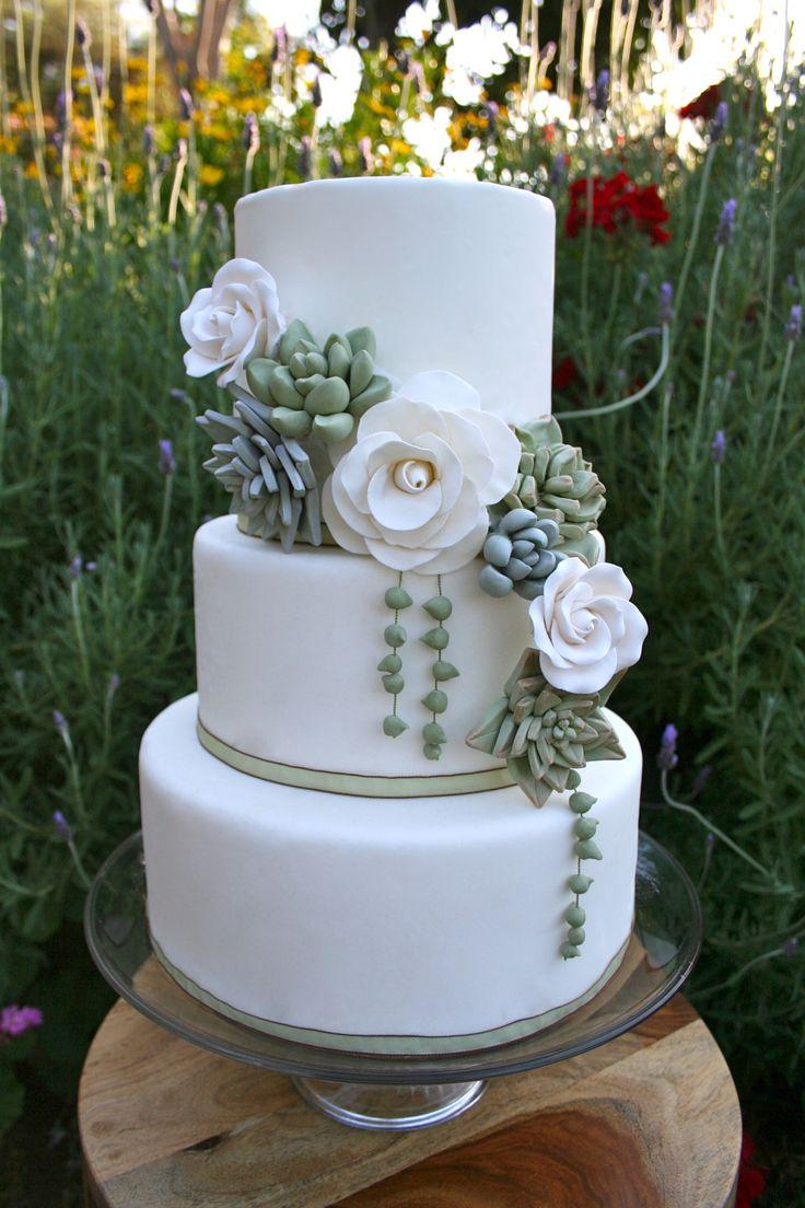 My garden succulent #weddingcake -by Kathy Callahan - Plan your #wedding at www.myweddingconcierge.com.au