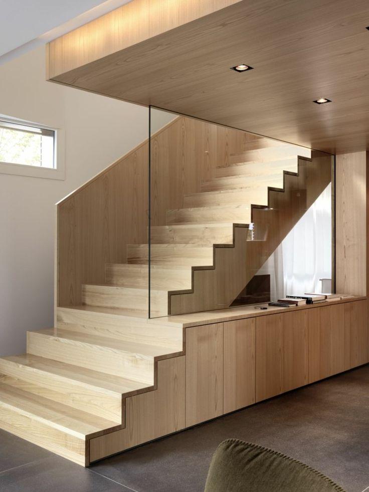 treppen designs modern stil holz schlicht glas gelaender