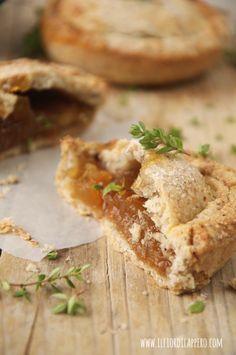 crostatine mele, timo, zenzero e cannella mini apple pie
