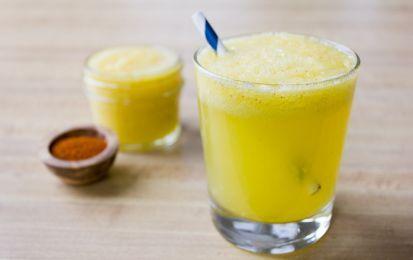 Succo di ananas e zenzero, ricetta energizzante - Il succo di ananas e zenzero è una ricetta per realizzare una bevanda energizzante, rigenerante e depurativa.