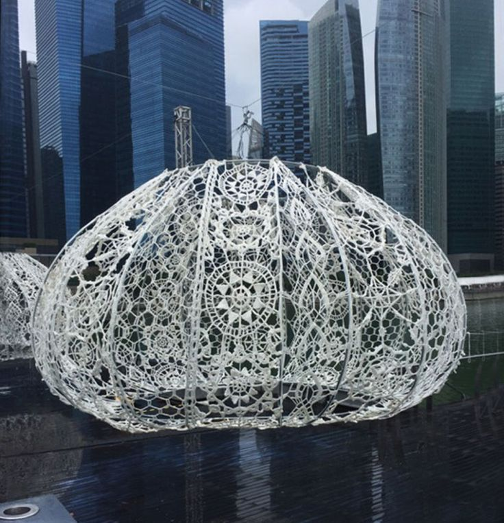 50 People Spend 2 Months To Crochet Giant Urchins Above Singapore's Marina That Each Weight 220 Lbs (100Kg)