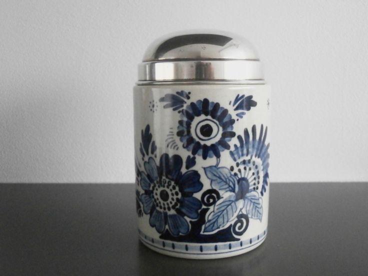 Glad theebusje met gemerkt zilveren deksel
