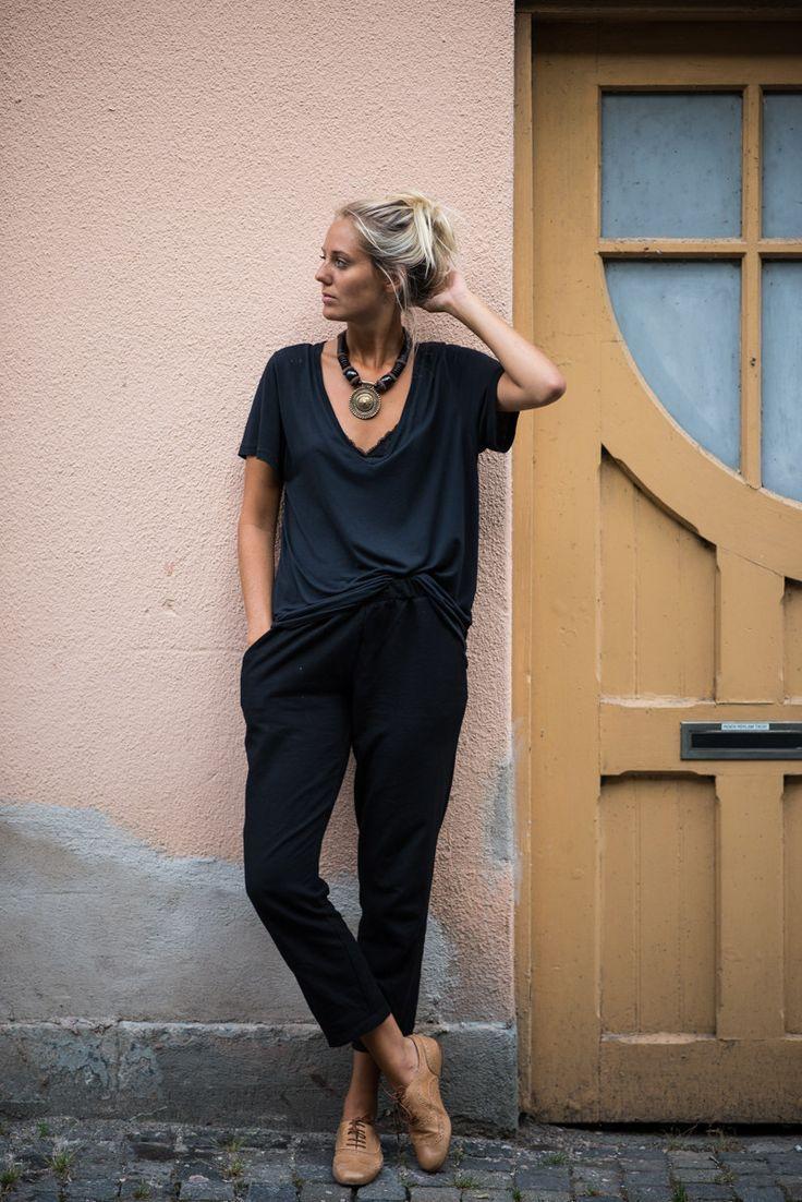 black + navy - drapey pants & drapey shirt with oxfords