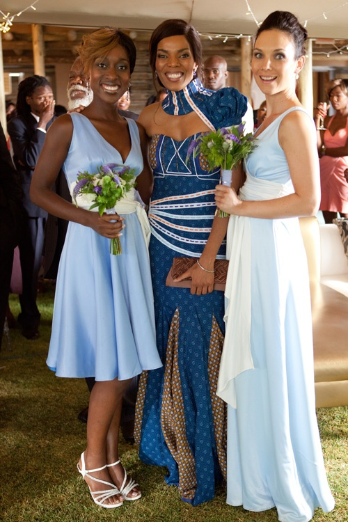 The Wild Soapie: Lelo's Bridesmaids and Maid of Honor. Marang (middle) just stunning in Shweshwe print.