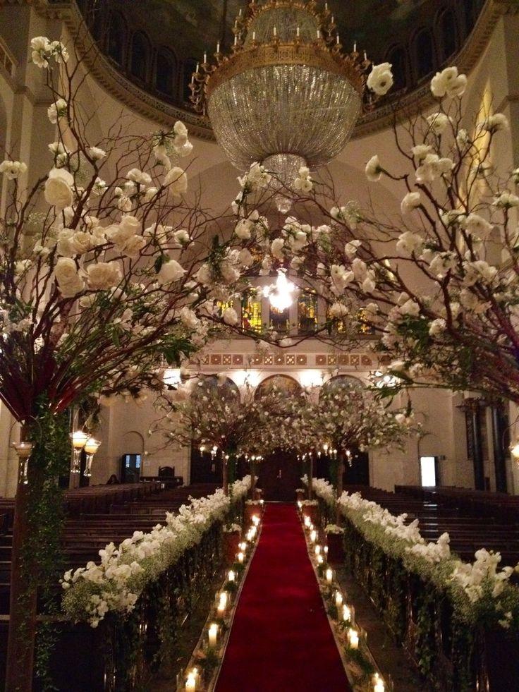 10 Inspirações de decoração de casamento para a igreja