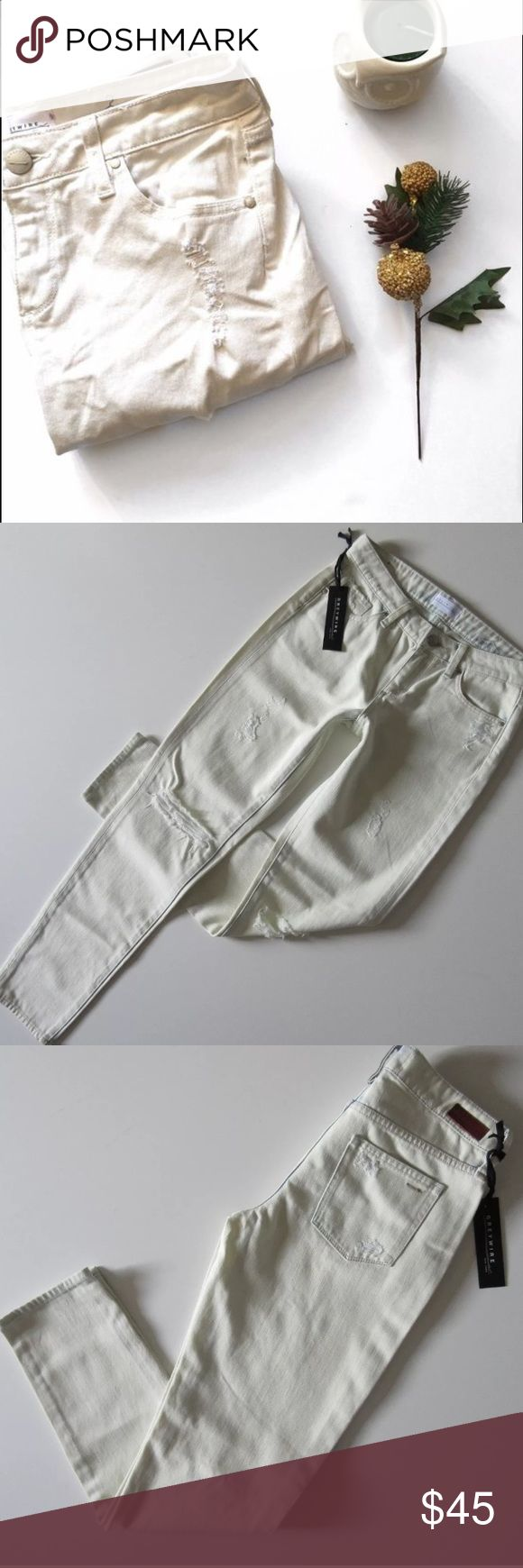 Anthropologie Destroyed Boyfriend Slouch Jeans 26 Distressed bleached out light wash jeans. Shredded holes and a slightly slouchy fit. These will quickly become your go-to summer jeans! Brand new. Perfect condition. Greywire Jeans Boyfriend