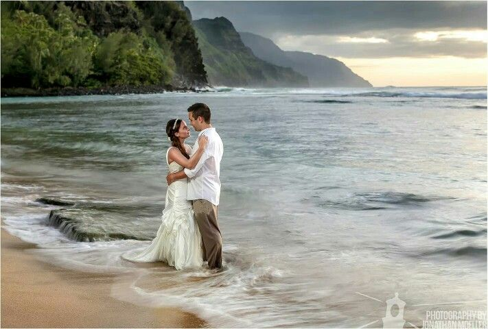 Trash the dress bride groom kauai hawaii ke'e beach wedding