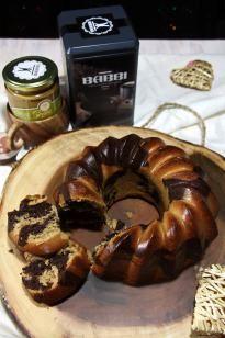 Ciambella variegata pistacchio e cioccolato | Chocolate pistachio bundt cake {vegan recipe}