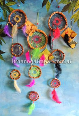 Atrapasueños triple  Variedad de colores y combinaciones. Incluye leyenda. www.tirnanogatrapas.com.ar