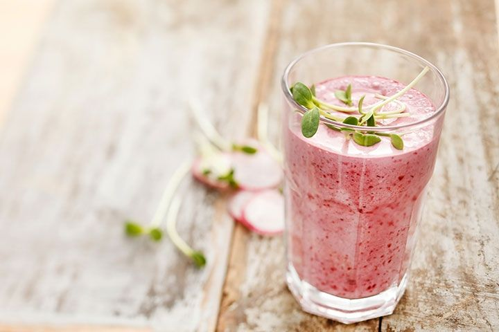 Dr. Oz's 2-Week Rapid Weight-Loss Plan: Breakfast Smoothie: Ingredients: 2 tbsp rice protein powder, 2 tbsp ground flaxseeds, 1/2 cup frozen berries, 1/2 banana, 1 cup unsweetened vanilla almond milk, Directions: Blend all ingredients together until you achieve the desired consistency.