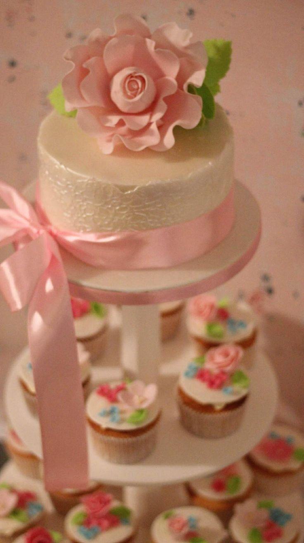 Cupcake tower white and pink rose
