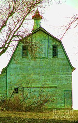I love this old green barn.