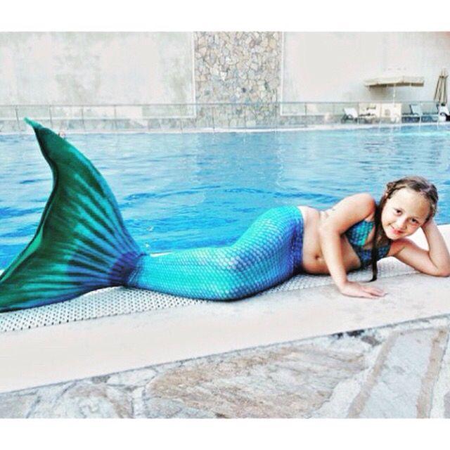 Günaydın! Bugün #Pazar  Tatlı denizkızı Ceren kostümünü giymiş, vakit kaybetmeden havuzun keyfini çıkarmaya başlamış!  Siz de kızınıza yüksek kalite materyallerden üretilmiş, uzun ömürlü ve benzersiz bir hediye vermek istiyorsanız www.magictail.com.tr ye gelin