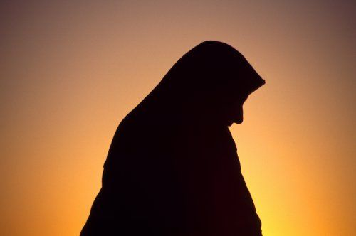 151228-nawaz-muslim-coverup-tease
