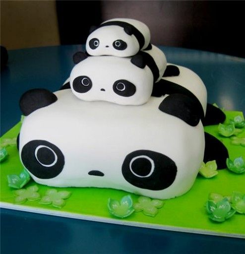 Resultado de imagen para pastel de panda 3 pisos