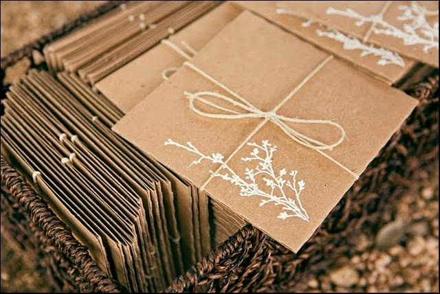 :: kraft and white ink envelopes ::